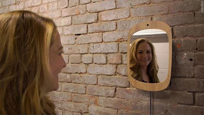 Lo specchio ideato da Berk Ilhan