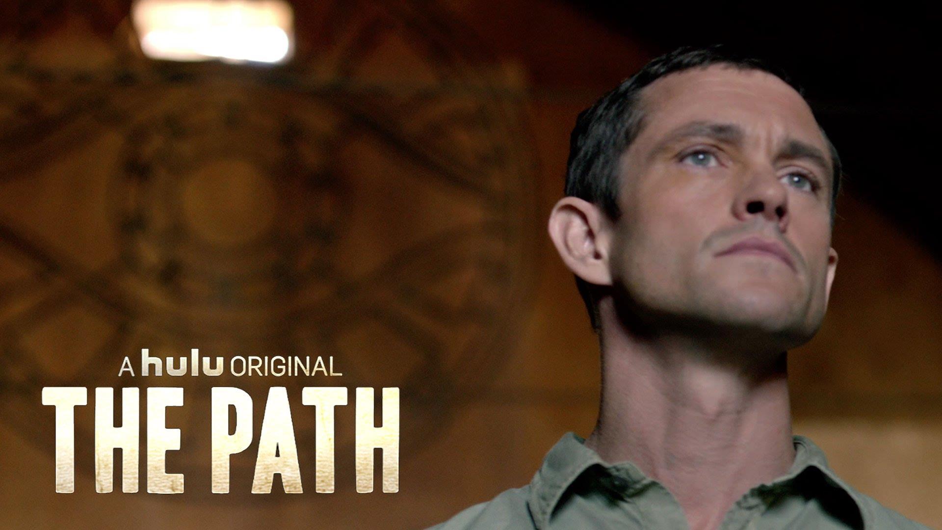 Tra i protagonisti della serie TV sulle oscure pratiche della setta religiosa The Path c'è l'attore Hugh Dancy