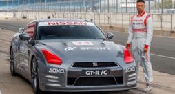 La Nissan GT-R e il suo pilota