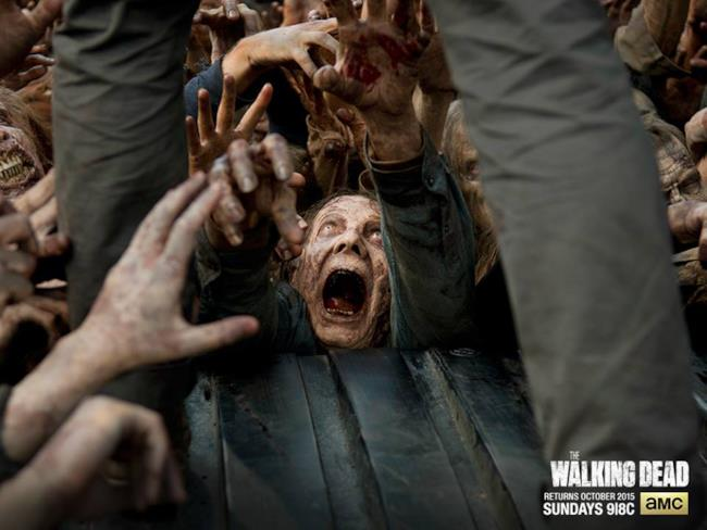 Un'orda zombie nella stagione 6 di The Walking Dead