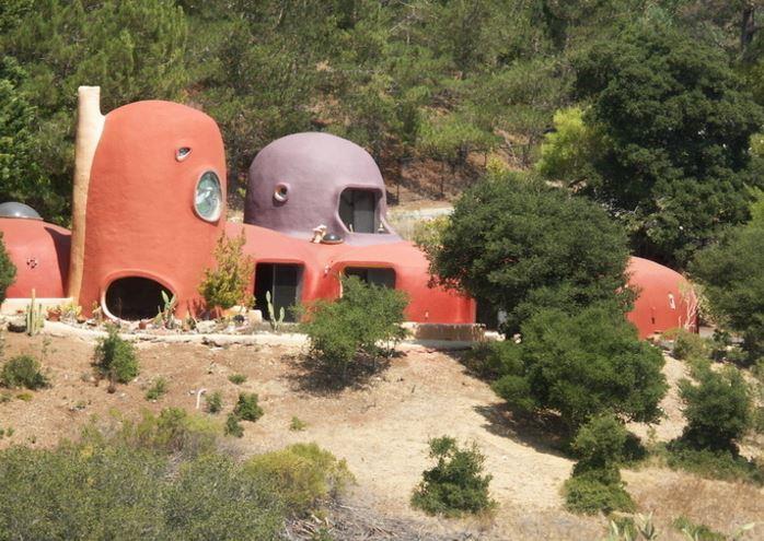 L'esterno di Casa Flintstone