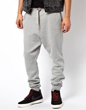 Pantalone con vita bassa