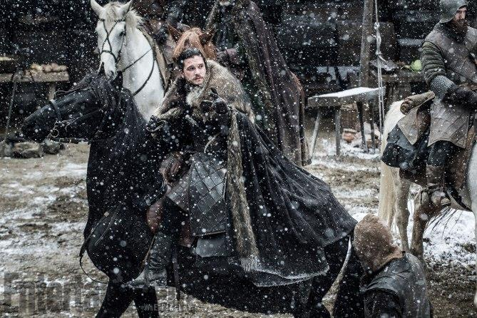 Game of Thrones 7 - Snow a cavallo