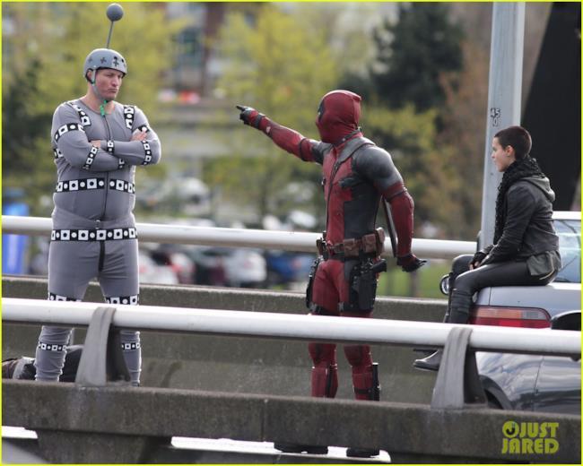 Negasonic Teenage Warhead sul set con Deadpool