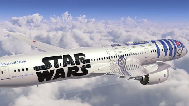 Un'immagine dell'aereo Star Wars ispirato a R2-D2