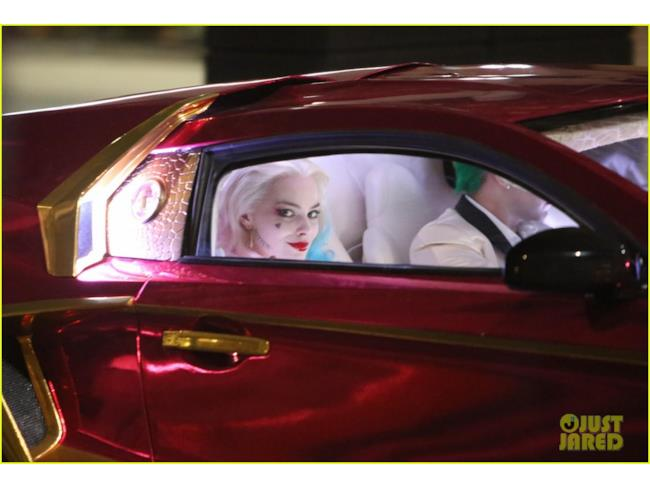 Harley Quinn nella macchina del Joker