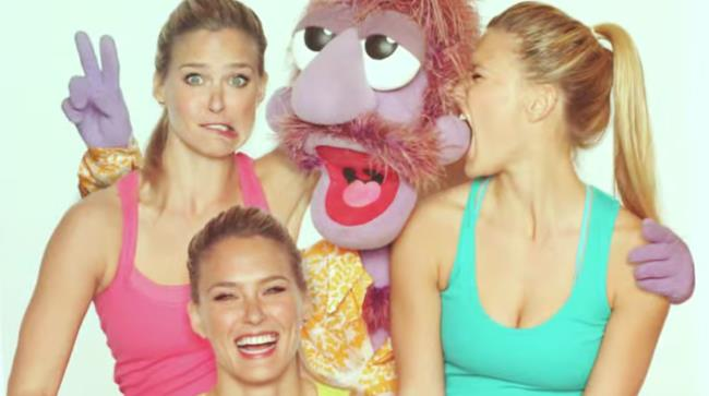 Bar Rafaeli e i Muppets