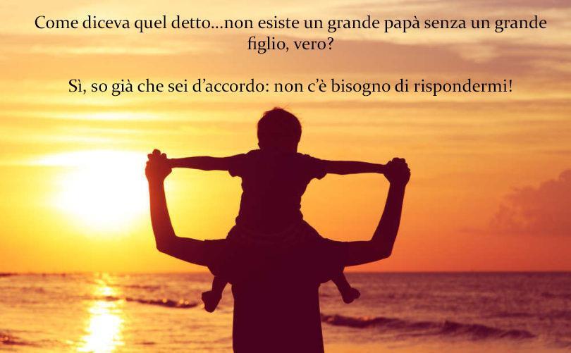 Un figlio in braccio a un padrea al tramonto - Immagini da scaricare per la Festa del Papà