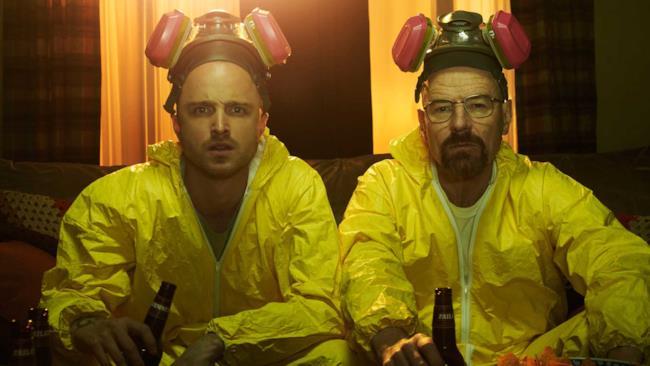 I protagonisti di Breaking Bad in una scena fondamentale della serie televisiva.