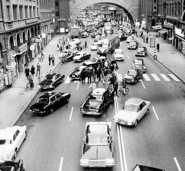 Immagine che raffigura il giorno che in Svezia si è cambiato il senso di marcia