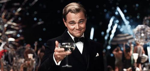 GIF Leonardo Di Caprio sorriso