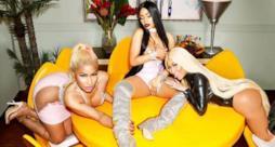 Nicki Minaj triplicata