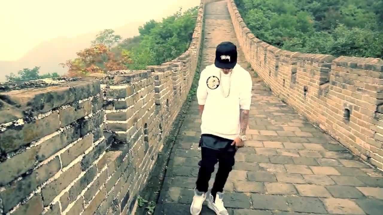 Justin Bieber sulla muraglia cinese