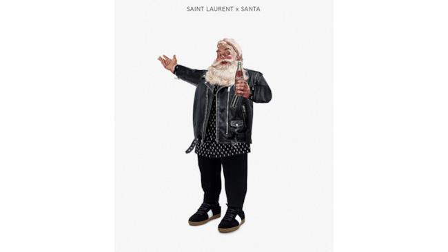 Babbo Natale vestito in stile Saint Laurent