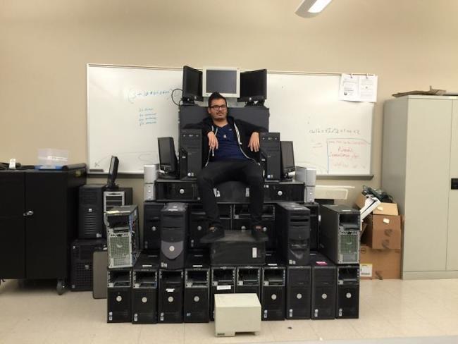 Un trono fatto di computer