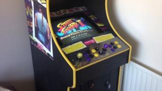 Il cabinet originale di Street Fighter 2