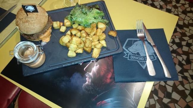 Il menu del ristorante di Metal Gear Solid