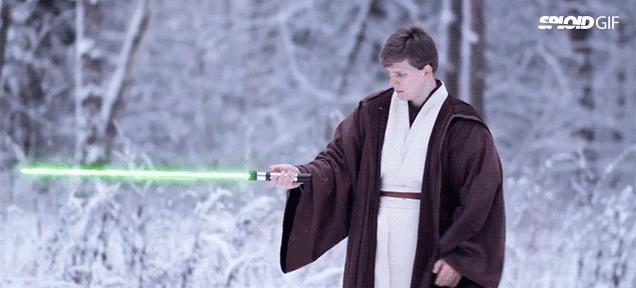 La battaglia con le nuove spade laser di Star Wars 7