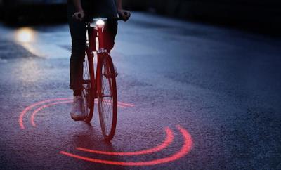Ecco Bikesphere in funzione, il primo dispositivo di sicurezza per ciclisti