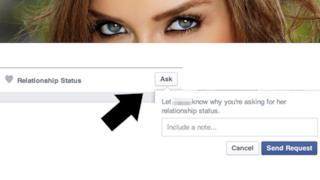 Ask per chiedere situazione sentimentale di una persona su Facebook