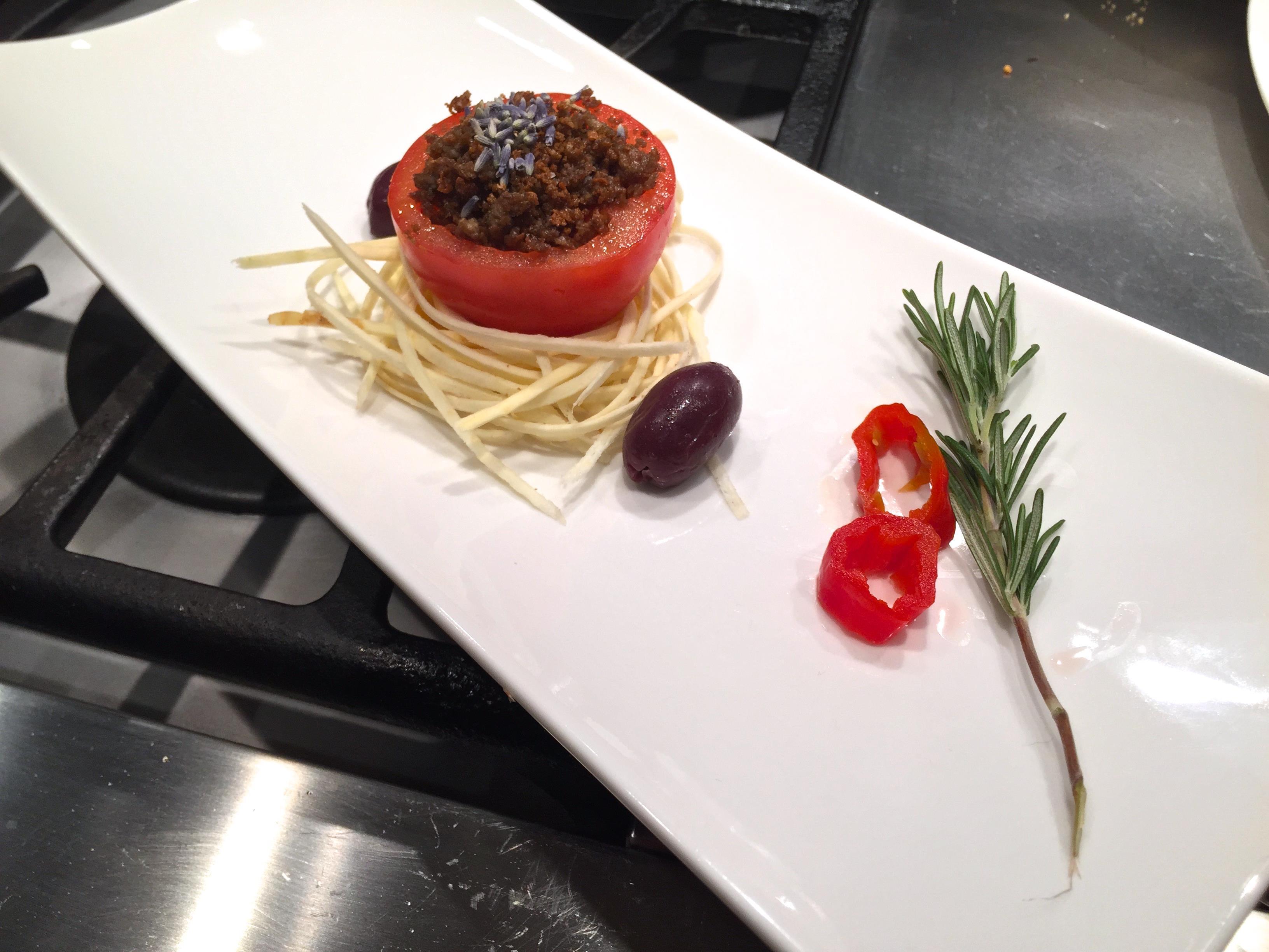 Il C-fu presentato come un piatto della nouvelle cuisine