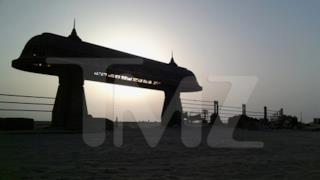 Foto di costruzione su Tatooine, dal set di Star Wars 7