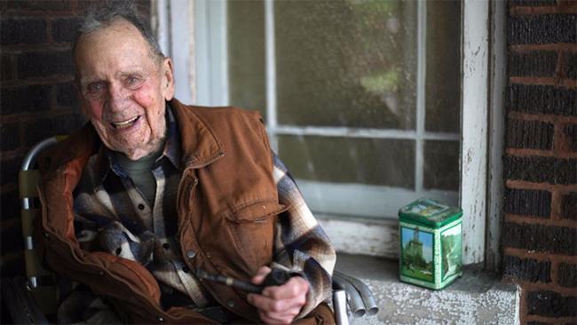 Il sorriso di Russ Gremel, novantottenne milionario!