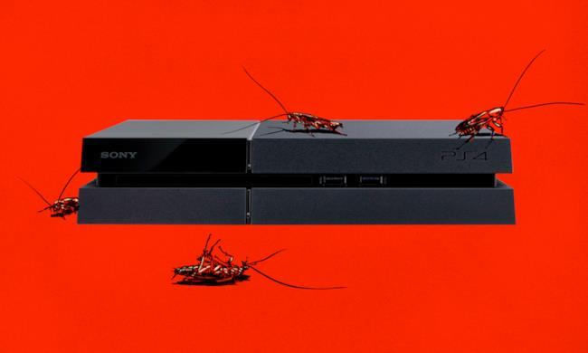 PS4 infestata dagli scarafaggi