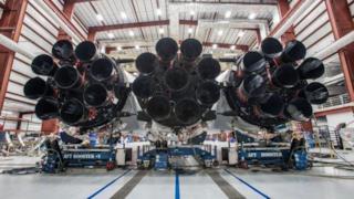 Una foto del Falcon Heavy