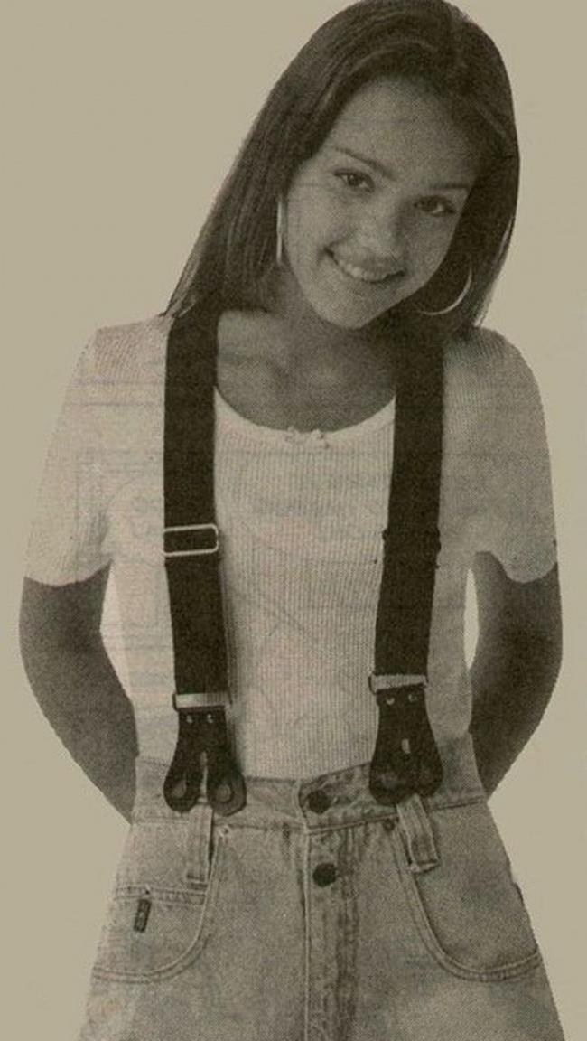 Un'immagine di Jessica Alba da adolescente