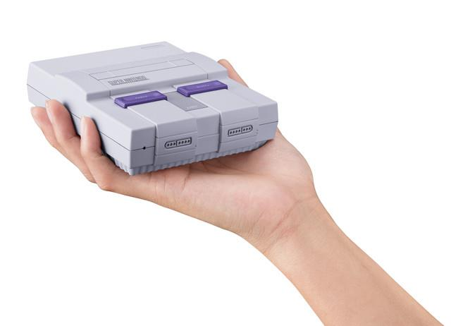 La versione americana del Super Nintendo Mini