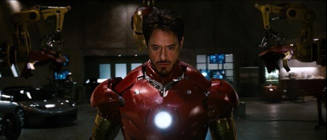 Robert Downey Jr. nei panni di Iron Man