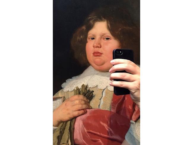 dipinto di un piccolo lord che si fa un selfie