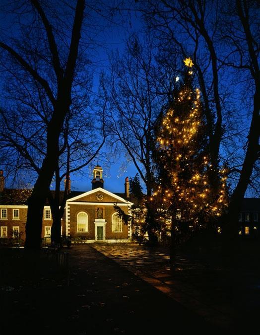 Leluci nelgiardino del Geffrey Museum per Natale