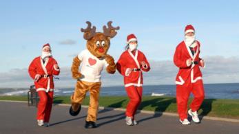 Anche i Babbi Natale si tengono in forma