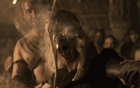 Viserys Targaryen ucciso dall'oro bollente
