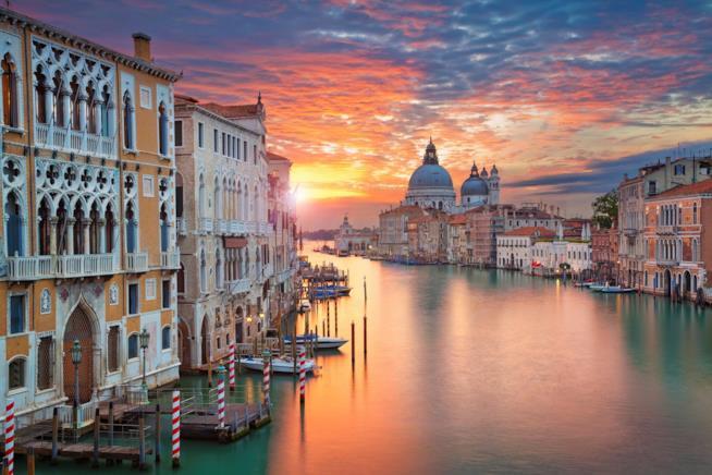 Scorcio di un canale di Venezia