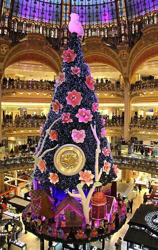 Albero di Natale alle Galeries La Fayette