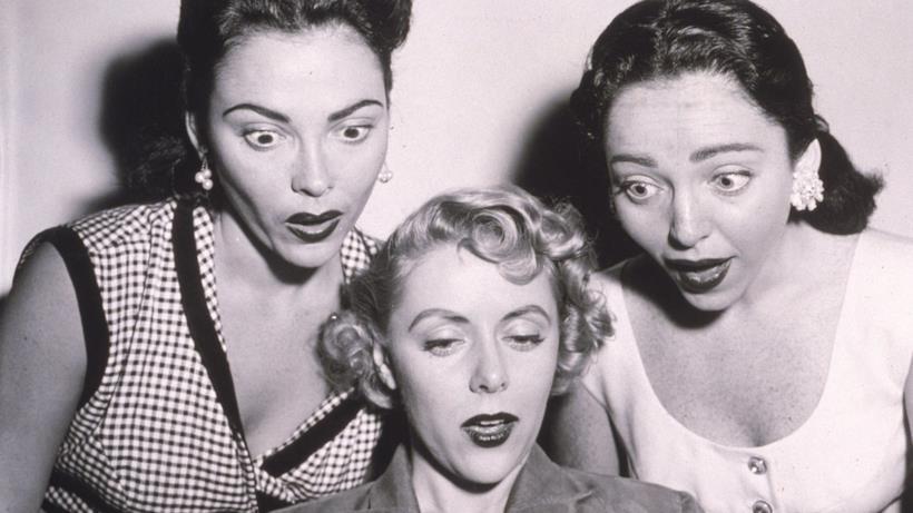 Tre donne stupite