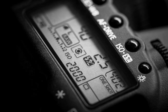 fotocamera-valore-iso-display