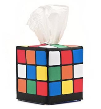 Il portafazzoletti a forma di cubo di Rubik