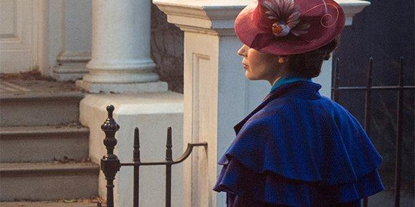 Emily Blunt in un fotogramma di Mary Poppins Returns