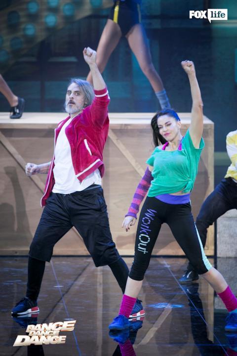 Claudia e Max sul palco di Dance Dance Dance