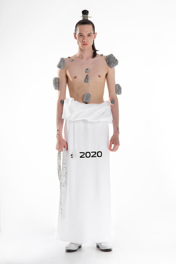 Sfilata XANDER ZHOU Collezione Uomo Primavera Estate 2020 Londra - XANDER ZHOU ss2020 look 01