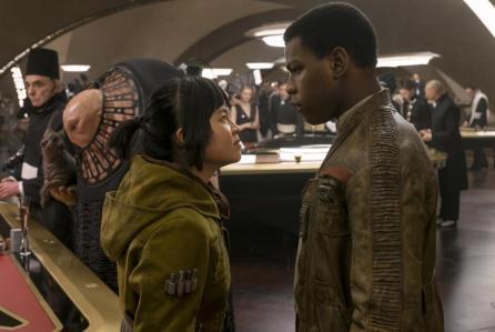 Star Wars: Gli Ultimi Jedi, scene inedite dal nuovo trailer internazionale