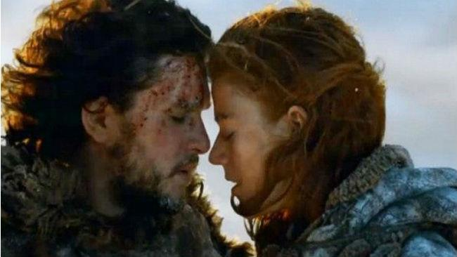 Rose Leslie e Kit Harington in Game of Thrones