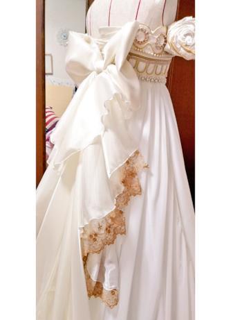 Lo strascico dell'abito da sposa ispirato alla Principessa Serenity di Sailor Moon