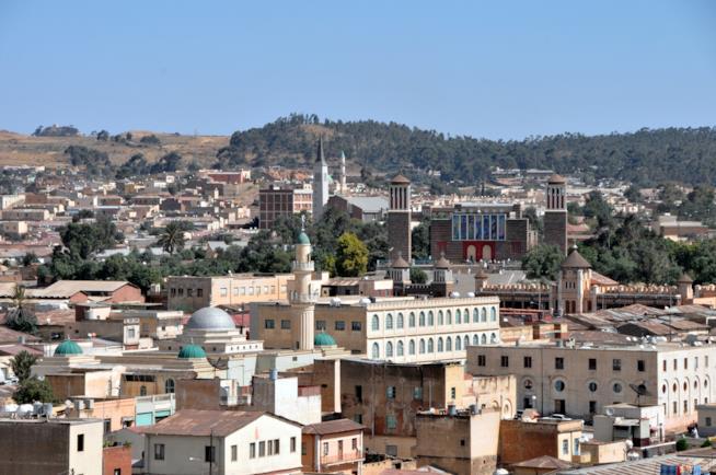 Architetture moderniste e locali che si fondono nella città di Asmara