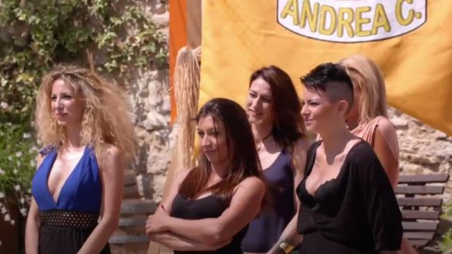 Johara e Valentina nella prima puntata de Il Contadino Cerca Moglie 3