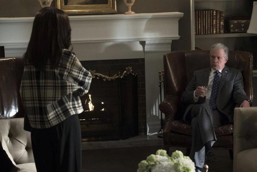 Olivia Pope e Cyrus Beene in una scena di Scandal 7